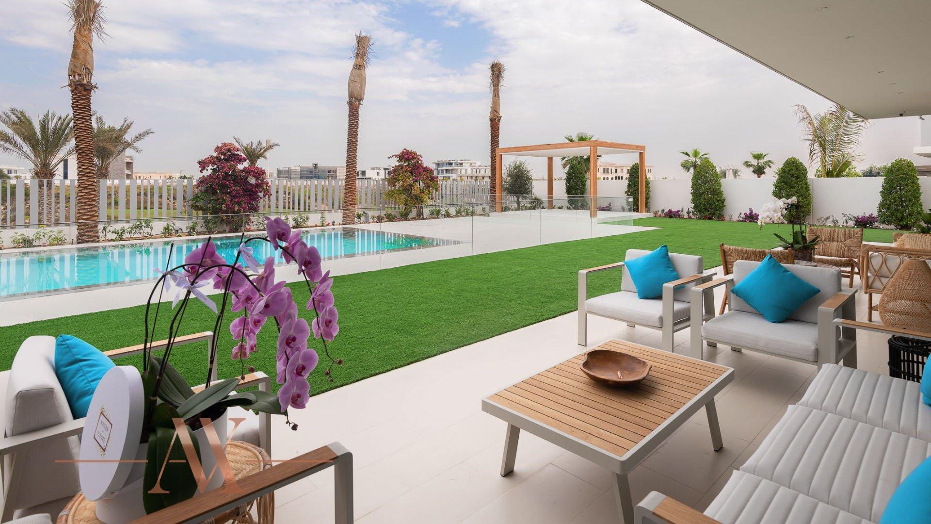Villa en venta en Dubai, EAU, 7 dormitorios, 1394 m2, № 23838 – foto 1