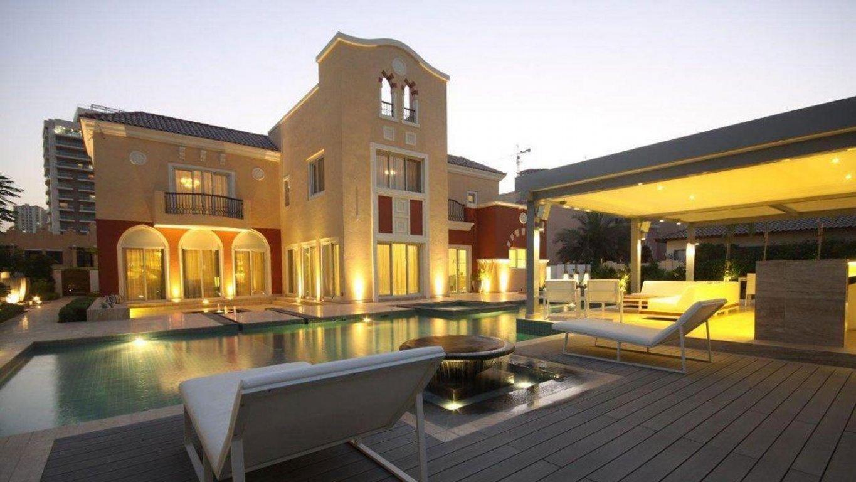 Adosado en venta en Dubai, EAU, 5 dormitorios, 994 m2, № 24046 – foto 1
