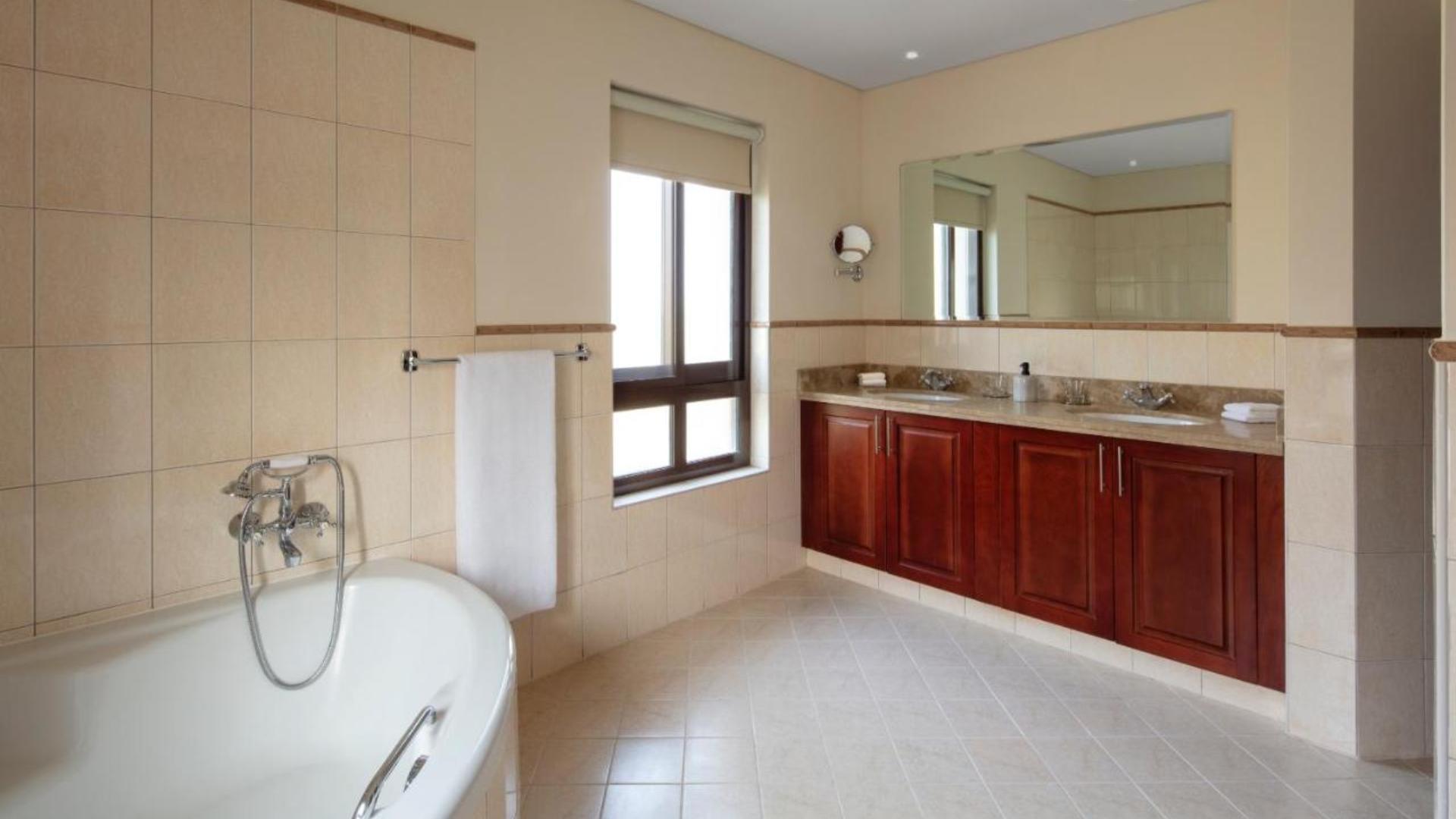 Villa en venta en Dubai, EAU, 3 dormitorios, 272 m2, № 24143 – foto 3
