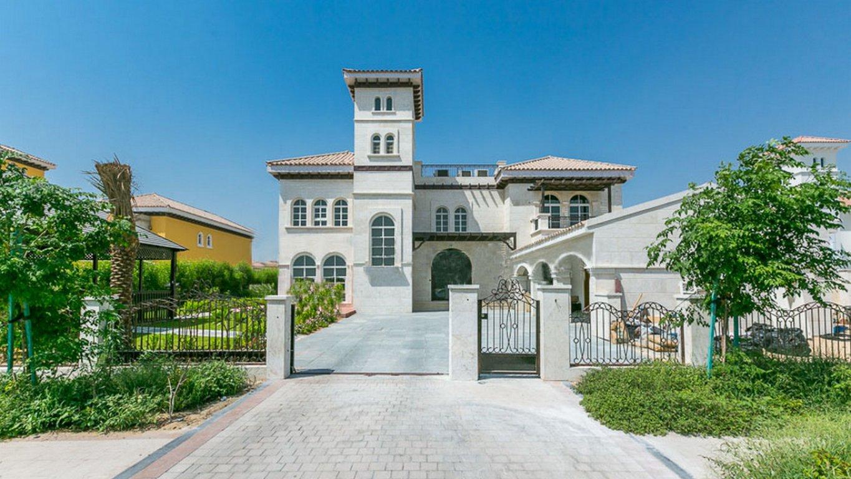 Villa en venta en Dubai, EAU, 7 dormitorios, 818 m2, № 24042 – foto 1