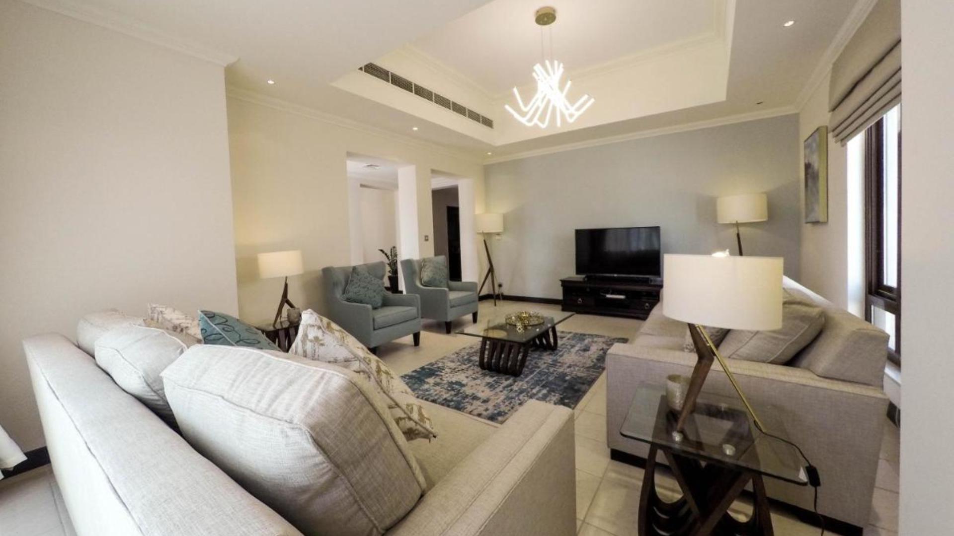 Villa en venta en Dubai, EAU, 3 dormitorios, 272 m2, № 24143 – foto 1