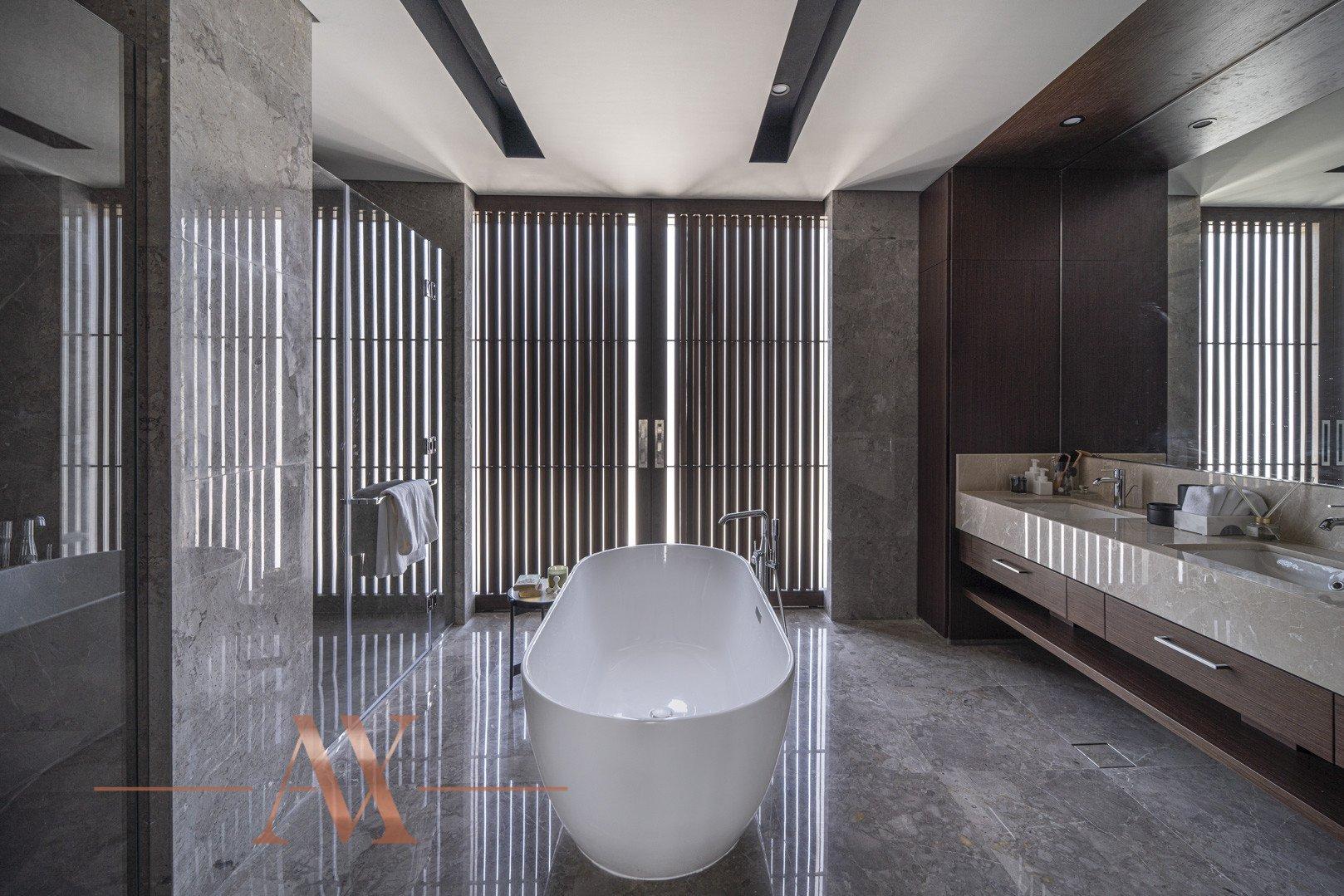 Villa en venta en Dubai, EAU, 4 dormitorios, 659.6 m2, № 23710 – foto 9