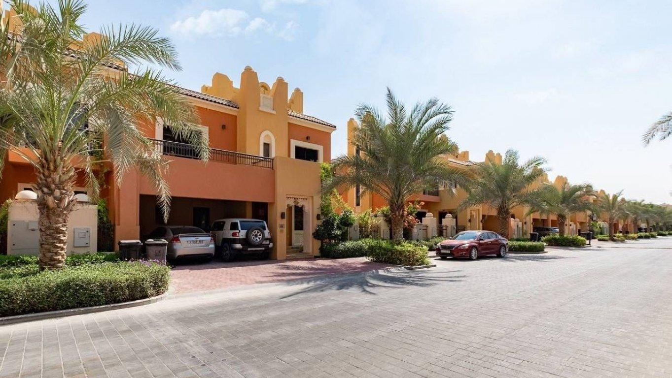 Adosado en venta en Dubai, EAU, 5 dormitorios, 994 m2, № 24046 – foto 6