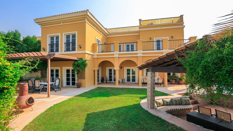 Villa en venta en Dubai, EAU, 4 dormitorios, 562 m2, № 24023 – foto 1