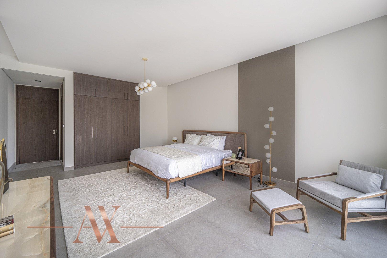 Villa en venta en Dubai, EAU, 4 dormitorios, 659.6 m2, № 23710 – foto 10