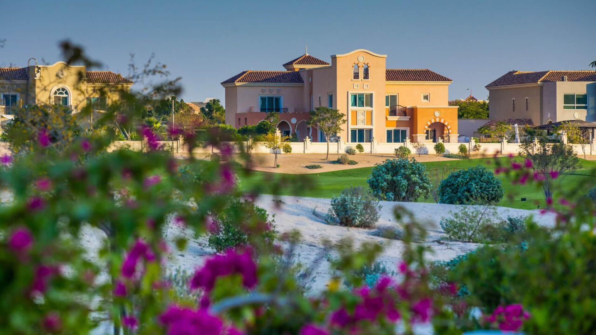 Adosado en venta en Dubai, EAU, 5 dormitorios, 994 m2, № 24046 – foto 5