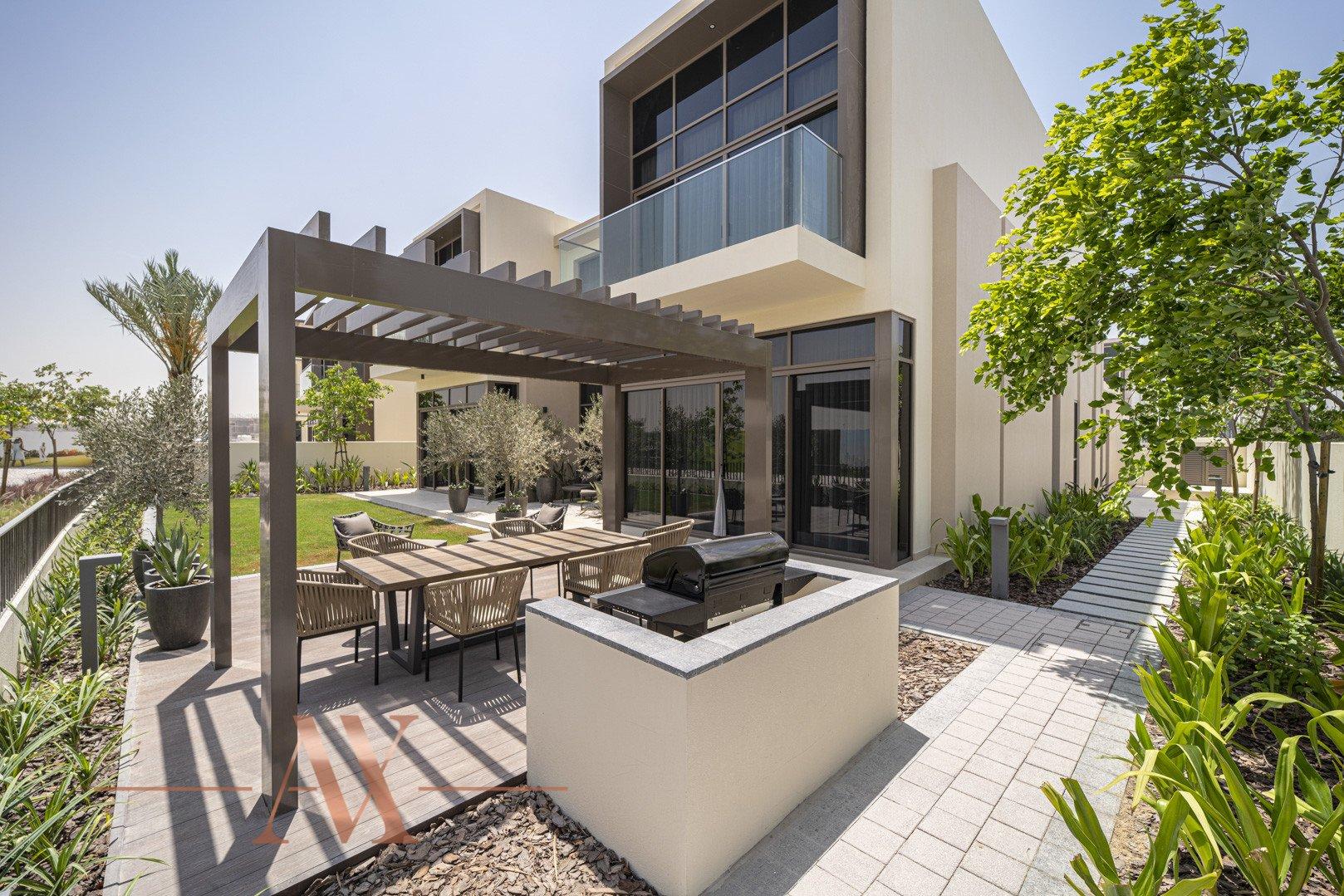 Villa en venta en Dubai, EAU, 4 dormitorios, 659.6 m2, № 23710 – foto 2