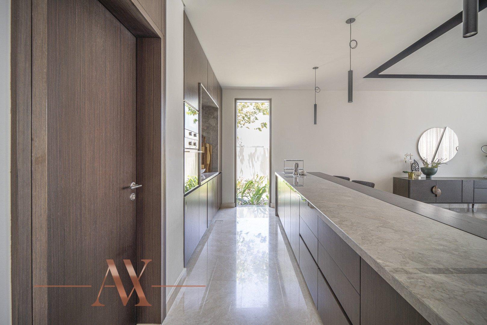 Villa en venta en Dubai, EAU, 4 dormitorios, 659.6 m2, № 23710 – foto 17