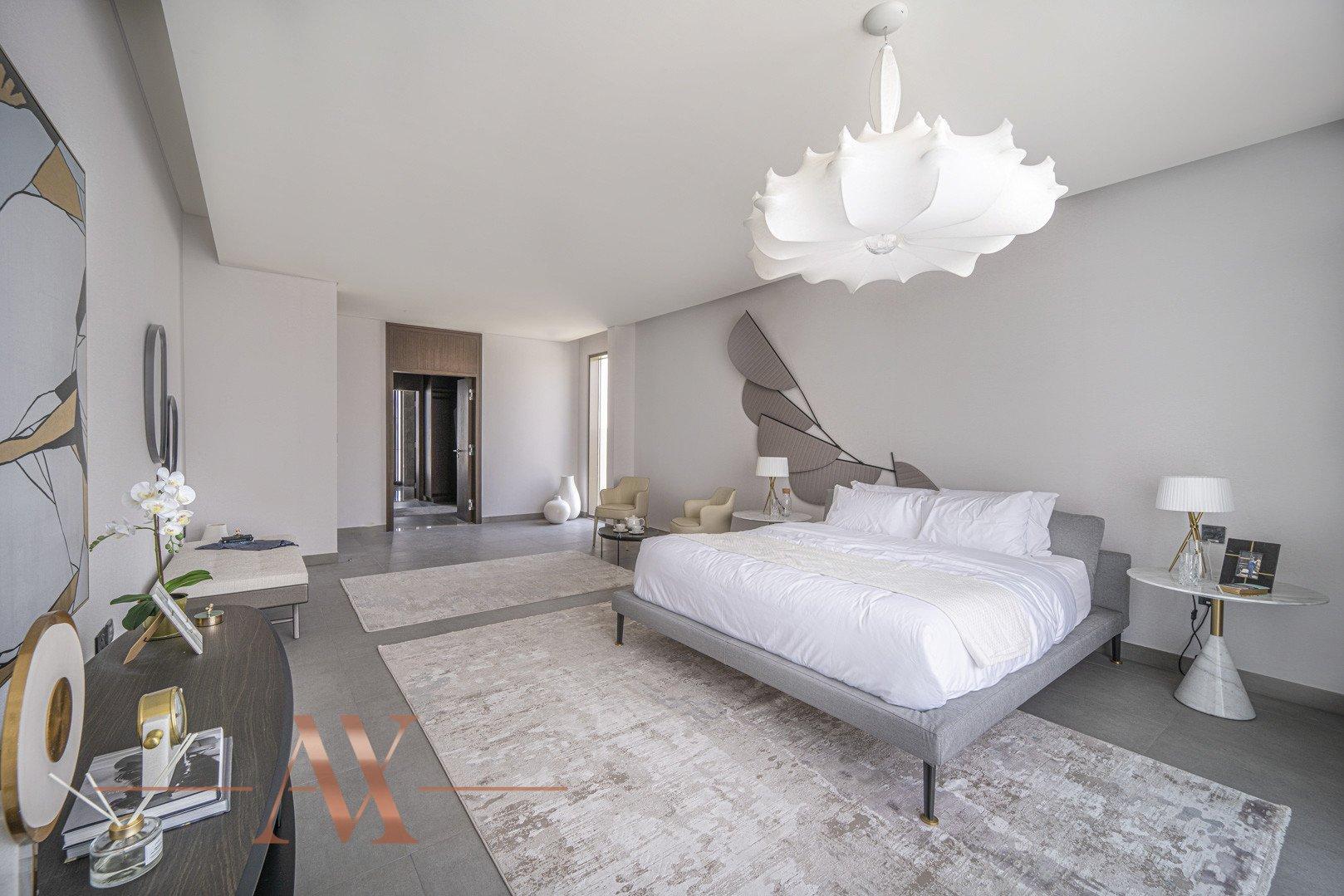 Villa en venta en Dubai, EAU, 4 dormitorios, 659.6 m2, № 23710 – foto 13