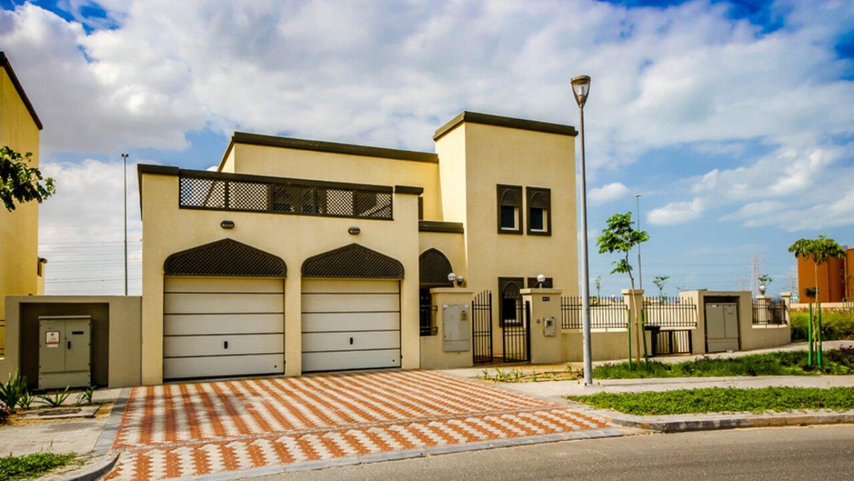Villa en venta en Dubai, EAU, 4 dormitorios, 741 m2, № 24027 – foto 1