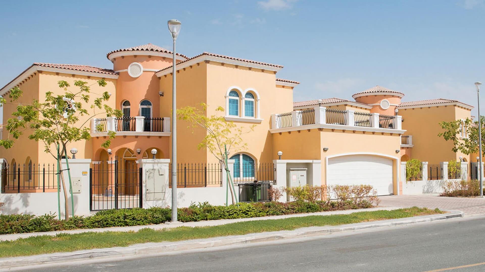Villa en venta en Dubai, EAU, 3 dormitorios, 932 m2, № 24026 – foto 3