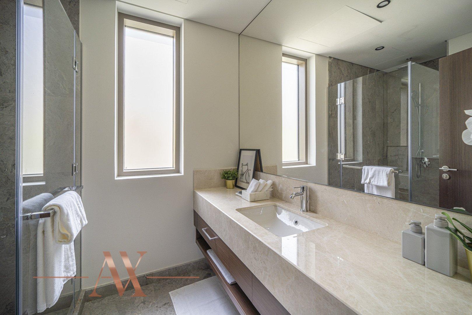 Villa en venta en Dubai, EAU, 4 dormitorios, 659.6 m2, № 23710 – foto 16