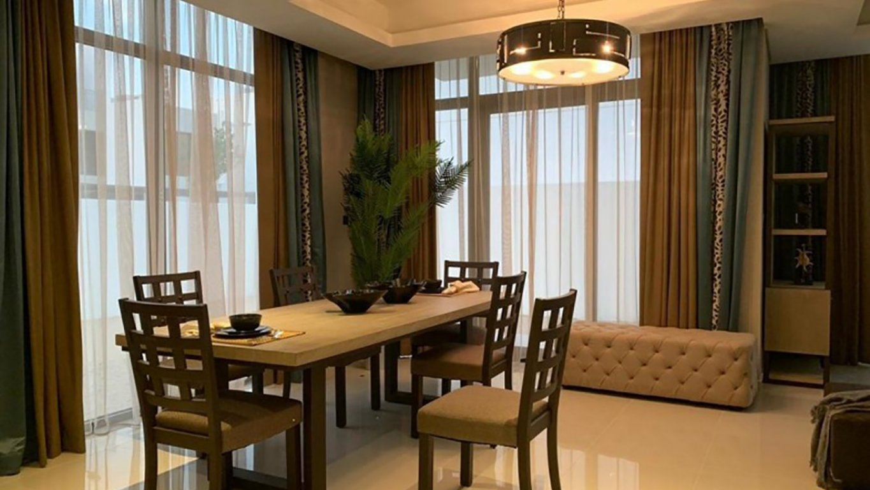 Adosado en venta en Dubai, EAU, 3 dormitorios, 152 m2, № 24118 – foto 1