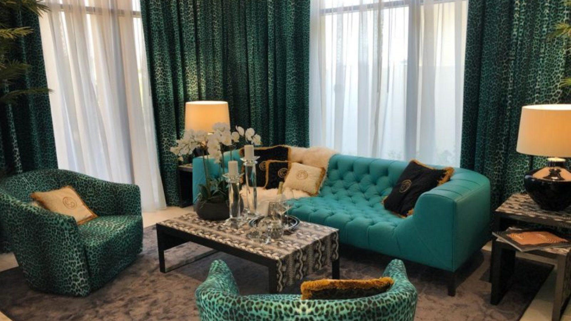 Villa en venta en Dubai, EAU, 3 dormitorios, 200 m2, № 24497 – foto 2