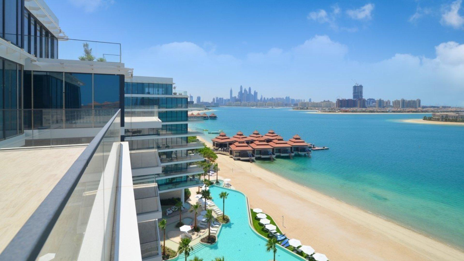 Ático en venta en Dubai, EAU, 4 dormitorios, 310 m2, № 24383 – foto 2