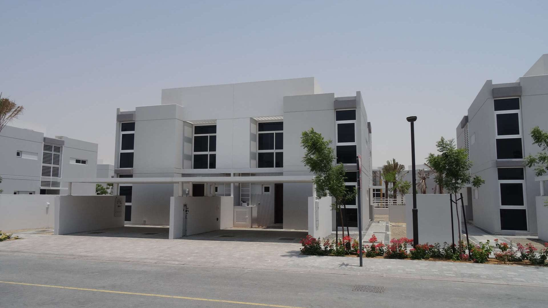 Adosado en venta en Dubai, EAU, 2 dormitorios, 165 m2, № 24436 – foto 4