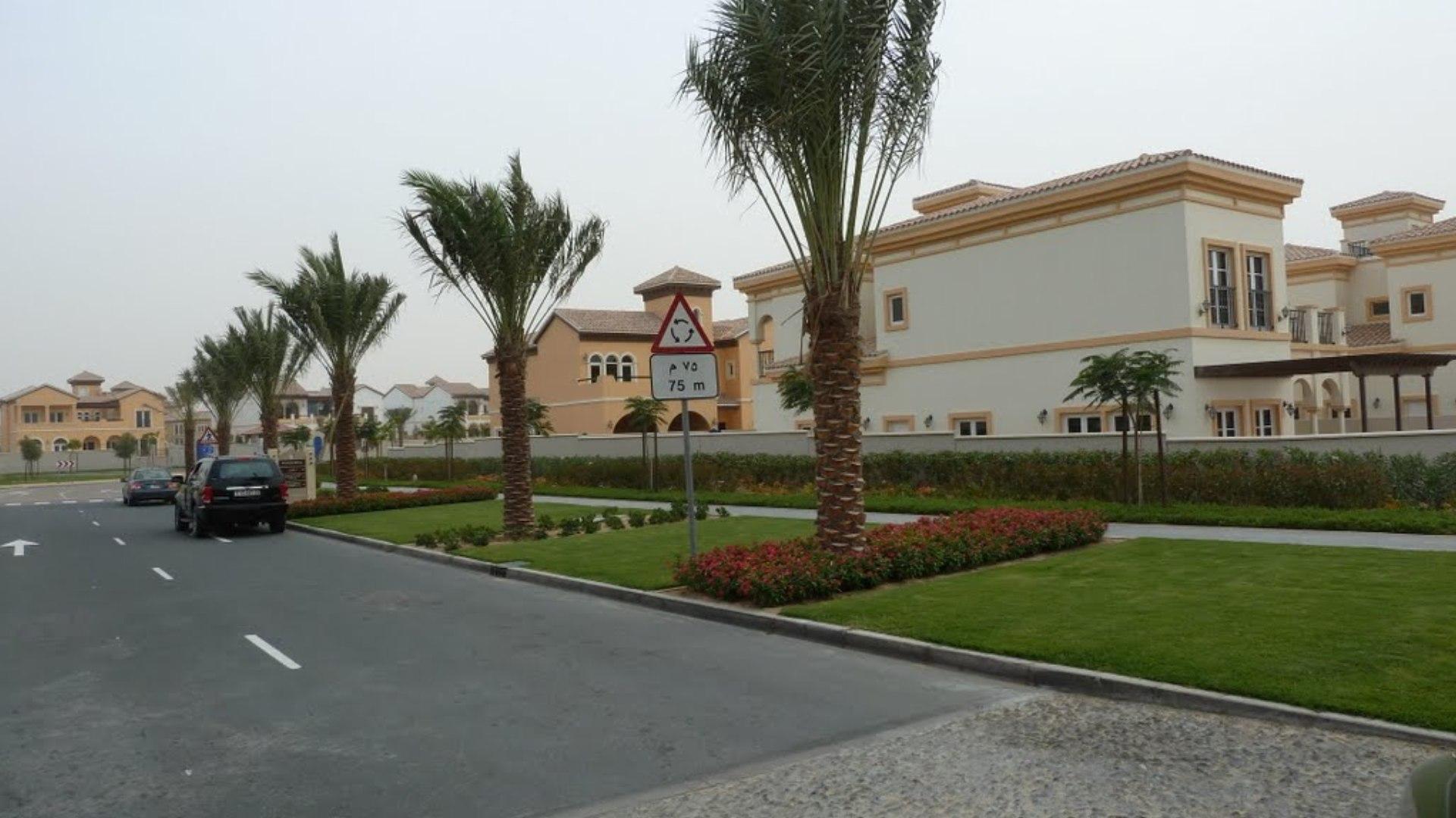 Villa en venta en Dubai, EAU, 5 dormitorios, 625 m2, № 24358 – foto 2