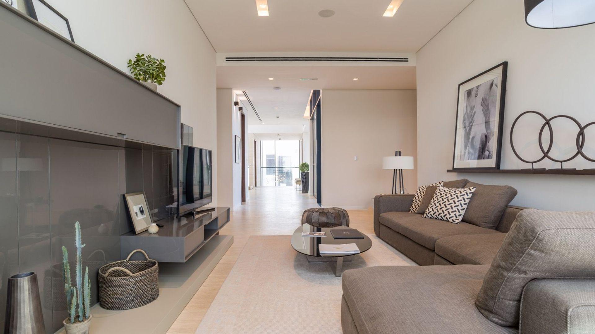 Villa en venta en Dubai, EAU, 6 dormitorios, 1117 m2, № 24250 – foto 6
