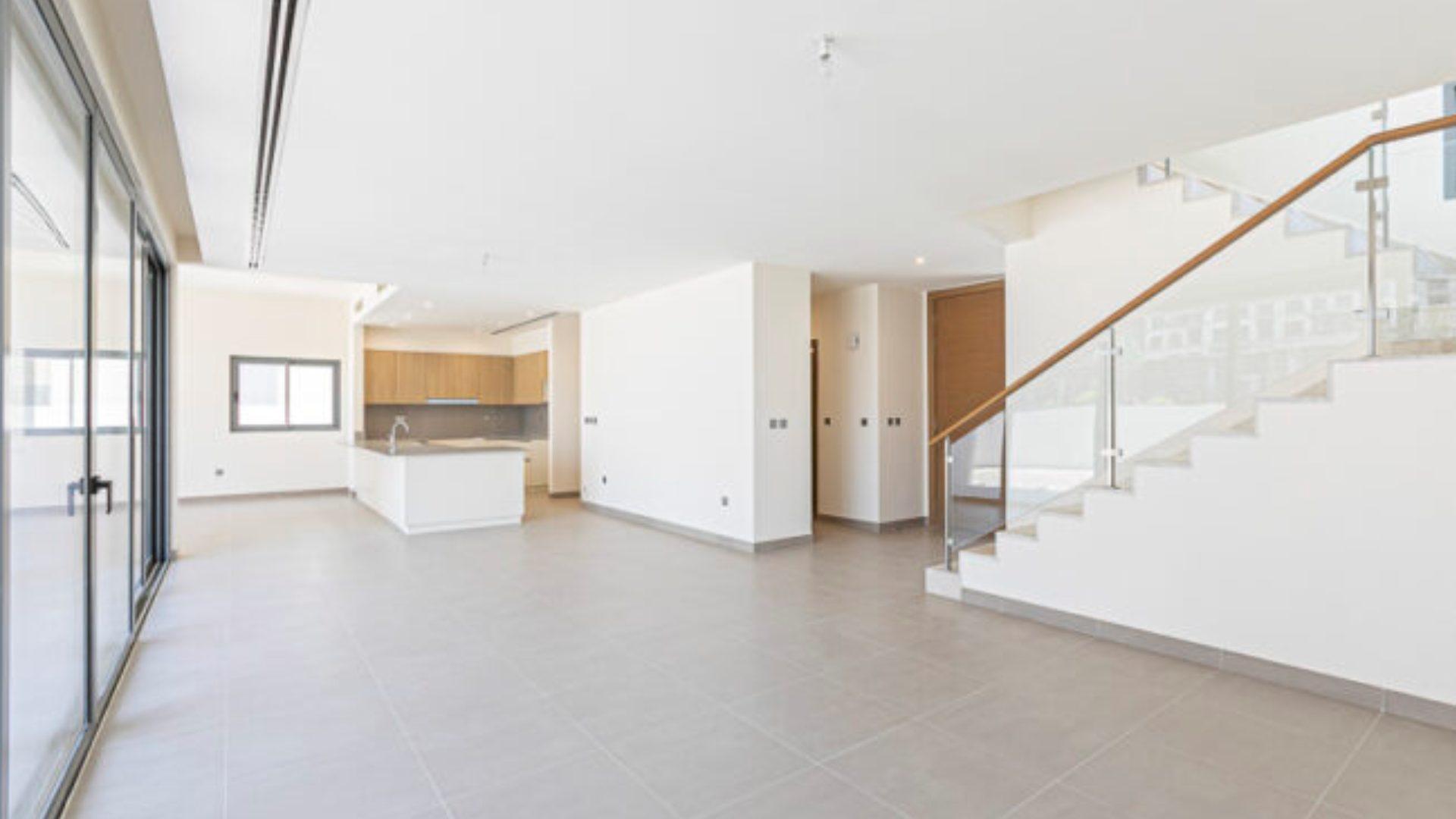 Villa en venta en Dubai, EAU, 5 dormitorios, 680 m2, № 24342 – foto 4