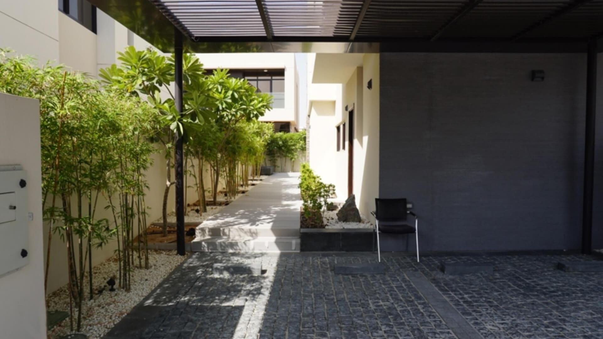 Villa en venta en Dubai, EAU, 5 dormitorios, 400 m2, № 24525 – foto 2