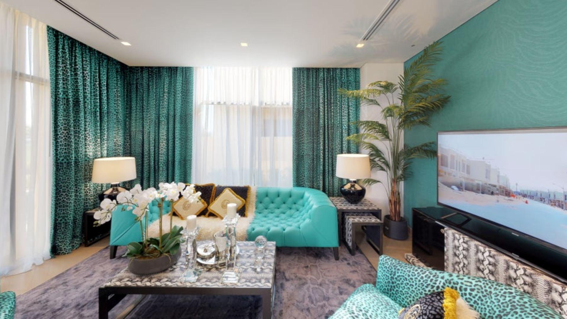 Villa en venta en Dubai, EAU, 3 dormitorios, 200 m2, № 24497 – foto 1