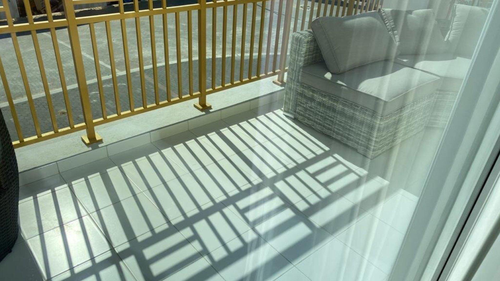 Villa en venta en Dubai, EAU, 3 dormitorios, 170 m2, № 24496 – foto 2