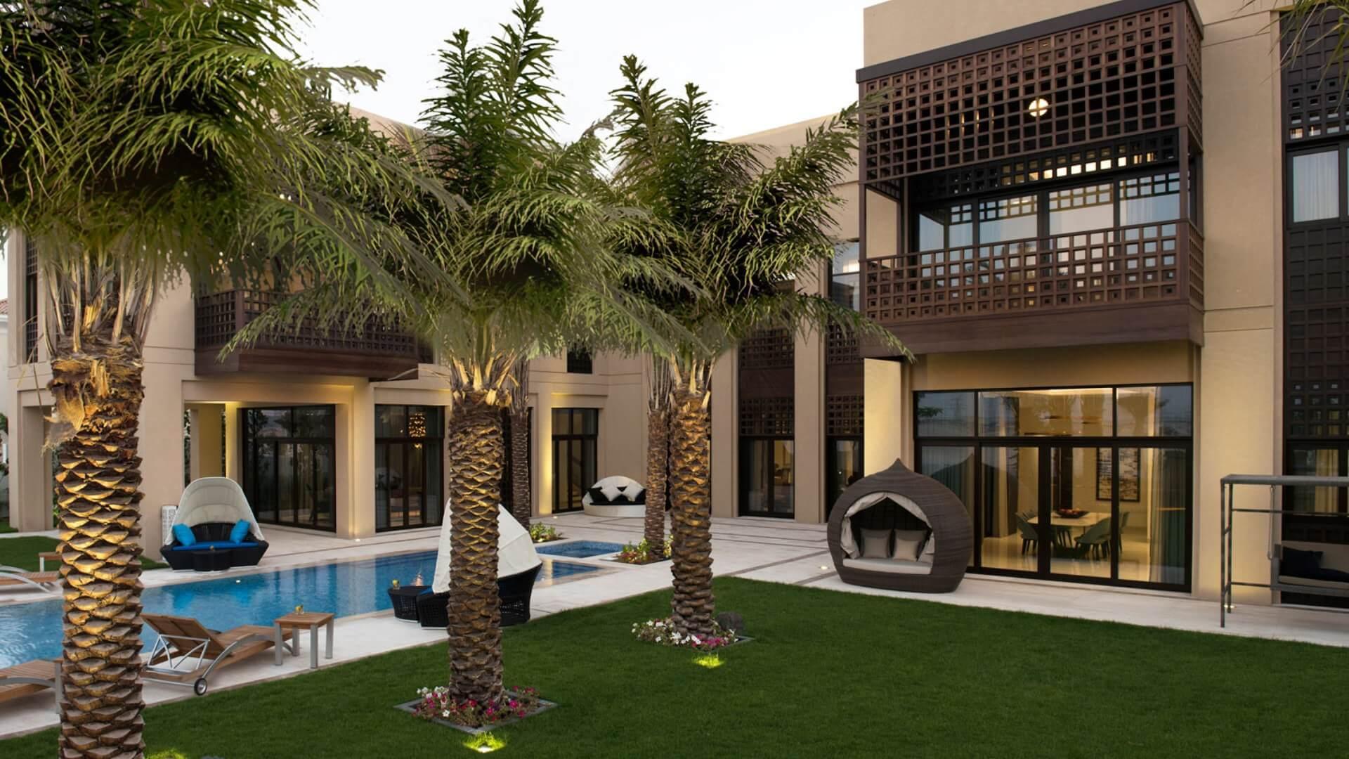 Villa en venta en Dubai, EAU, 5 dormitorios, 804 m2, № 24430 – foto 1