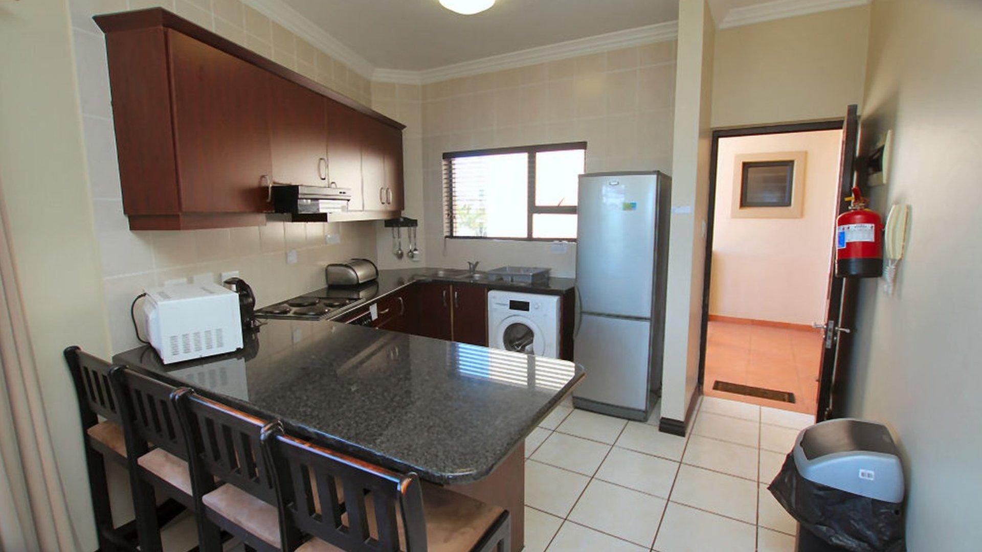 Villa en venta en Dubai, EAU, 5 dormitorios, 381 m2, № 24541 – foto 2