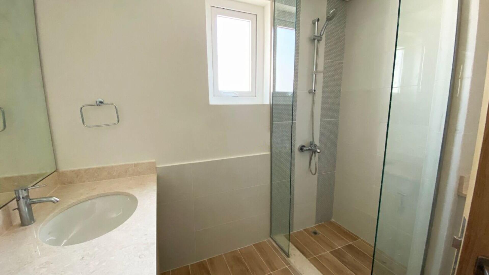 Villa en venta en Dubai, EAU, 3 dormitorios, 161 m2, № 24306 – foto 1