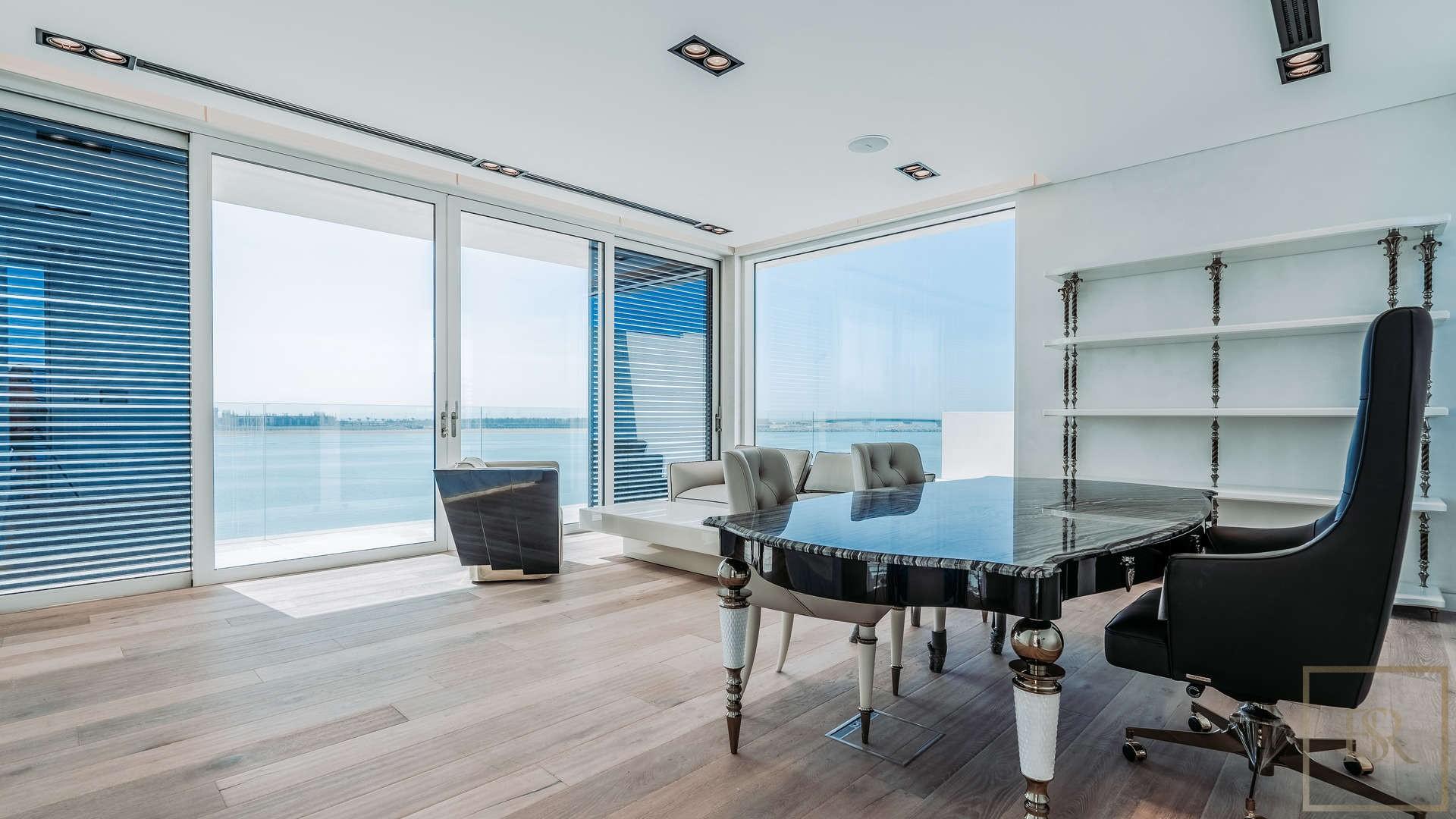Villa en venta en Dubai, EAU, 6 dormitorios, 836 m2, № 24490 – foto 2