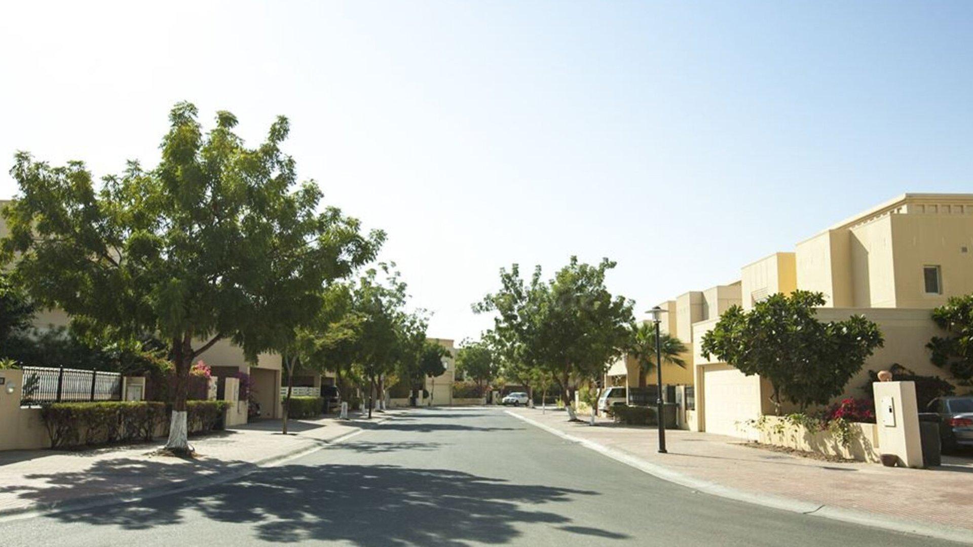 Villa en venta en Dubai, EAU, 3 dormitorios, 311 m2, № 24376 – foto 4