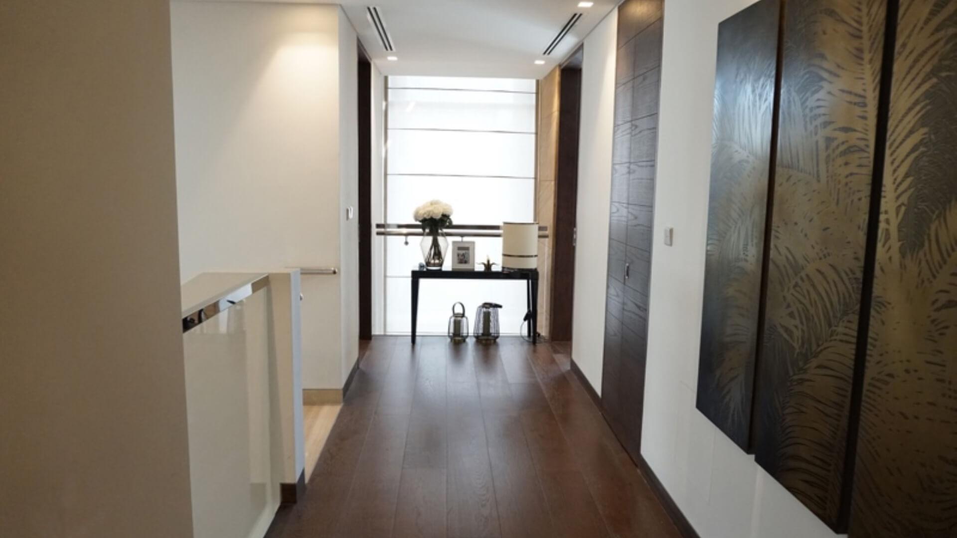 Villa en venta en Dubai, EAU, 5 dormitorios, 400 m2, № 24524 – foto 2