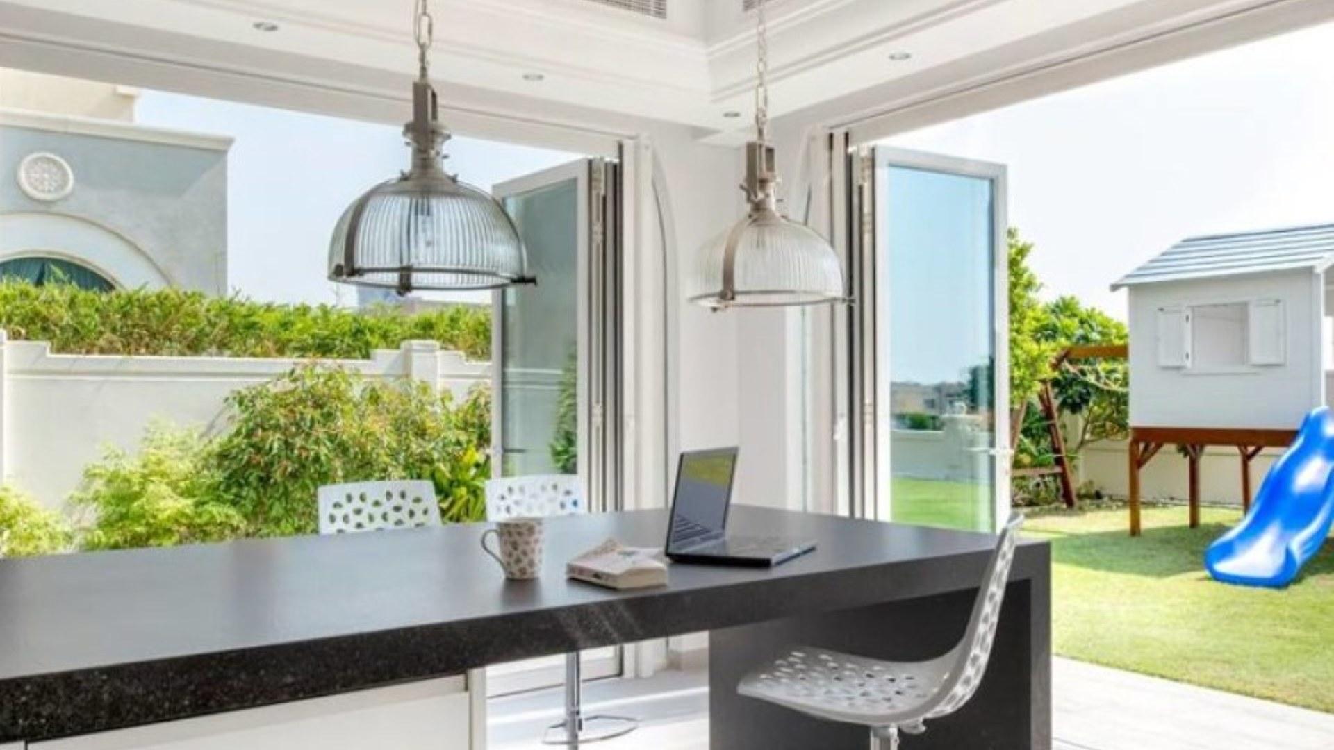 Villa en venta en Dubai, EAU, 5 dormitorios, 613 m2, № 24321 – foto 5