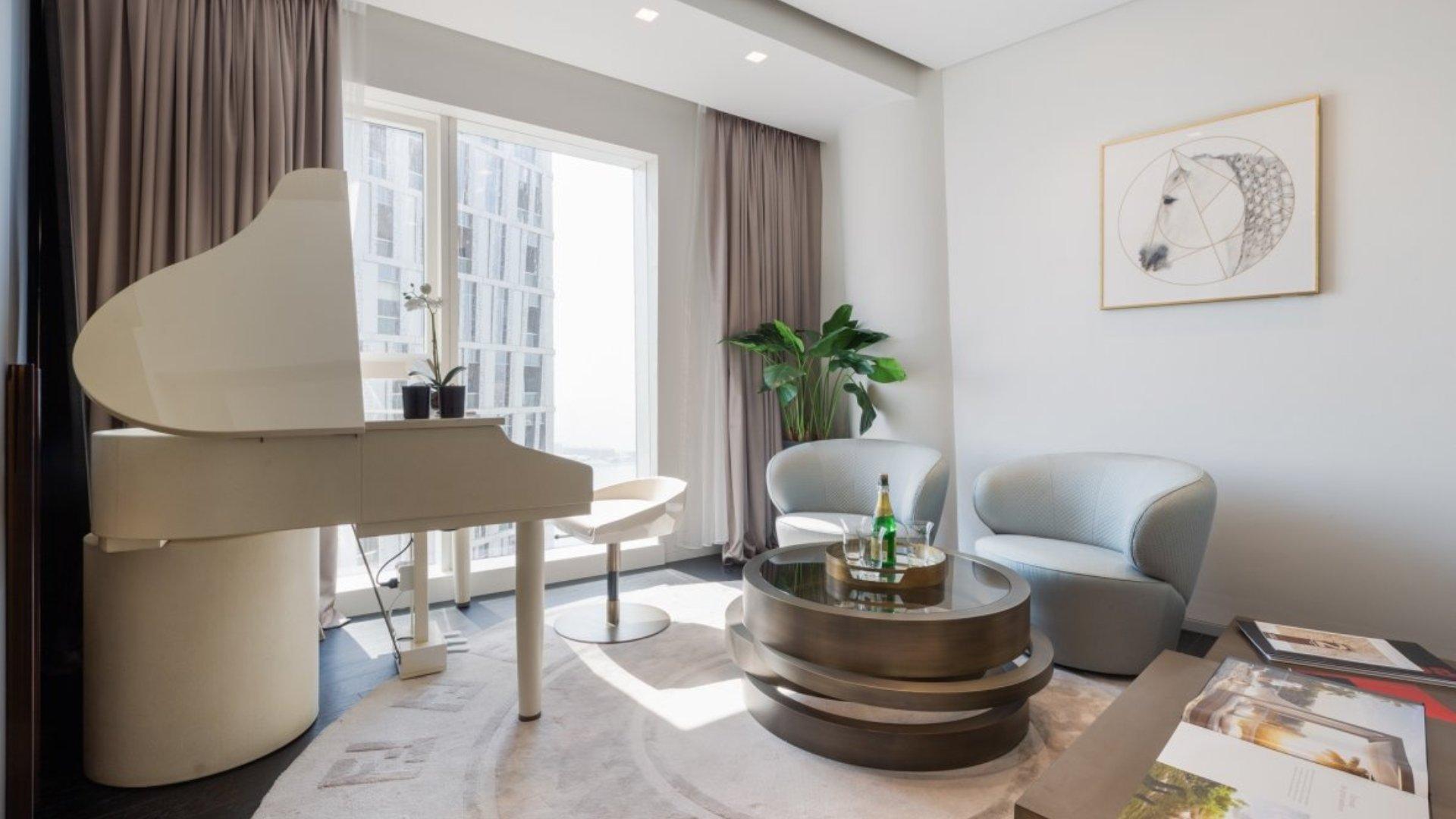 Apartamento en venta en Dubai, EAU, 3 dormitorios, 211 m2, № 24381 – foto 1