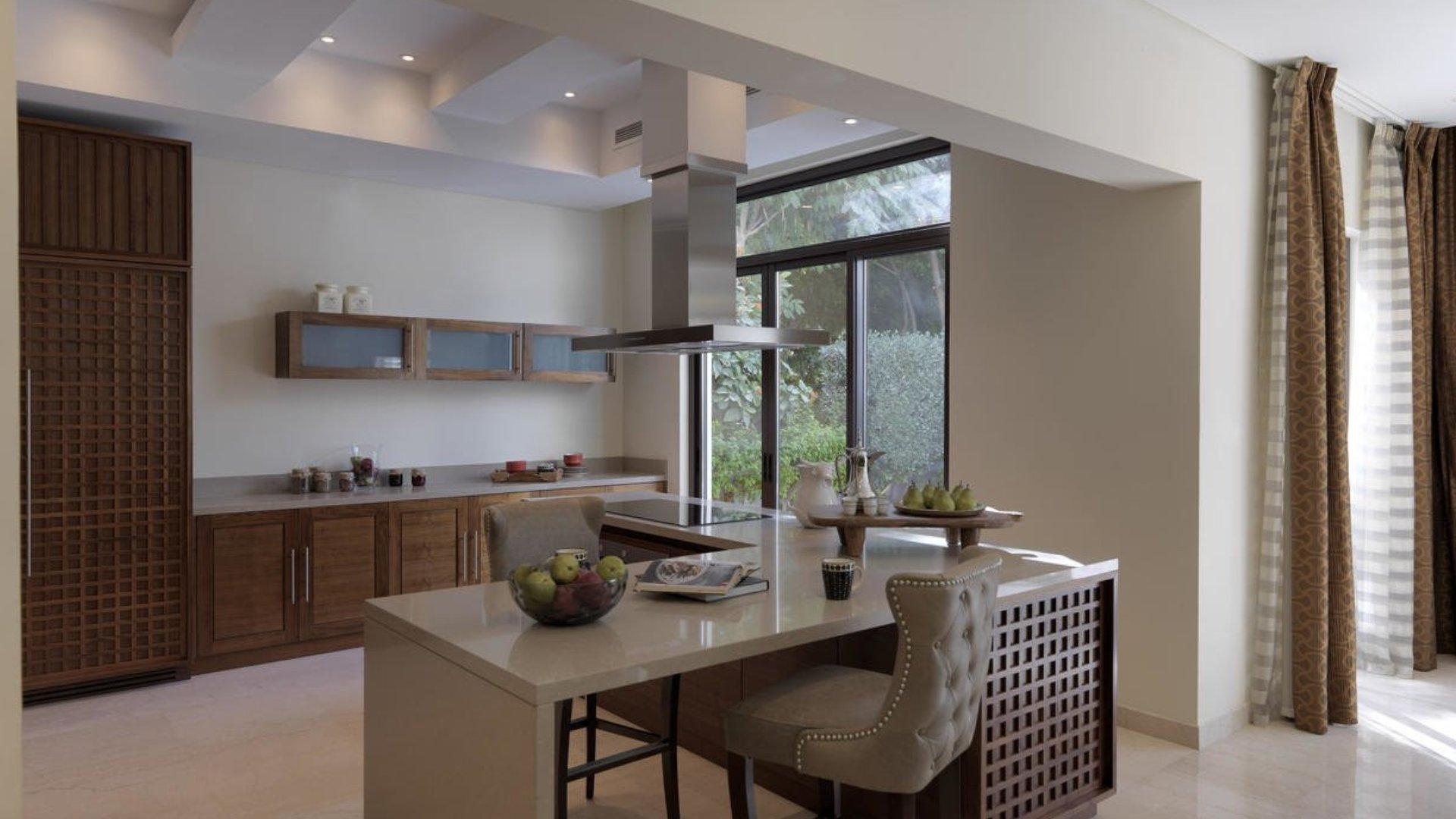 Villa en venta en Dubai, EAU, 4 dormitorios, 572 m2, № 24429 – foto 3
