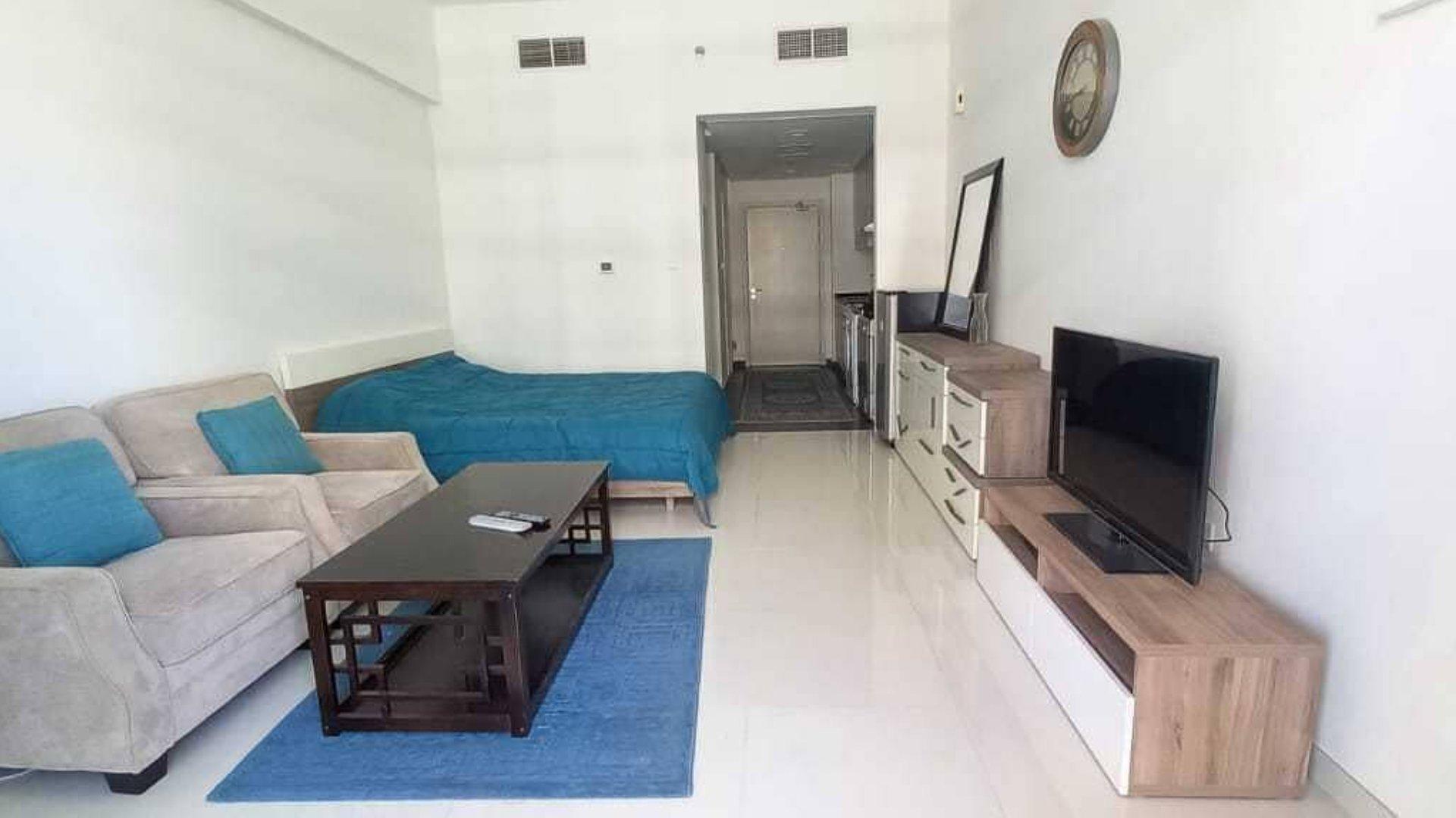 Apartamento en venta en Dubai, EAU, 3 dormitorios, 262 m2, № 24530 – foto 1