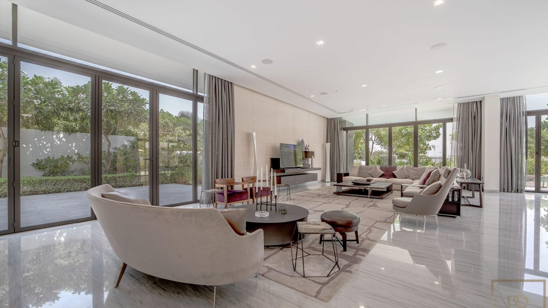 Villa en venta en Dubai, EAU, 5 dormitorios, 804 m2, № 24430 – foto 2