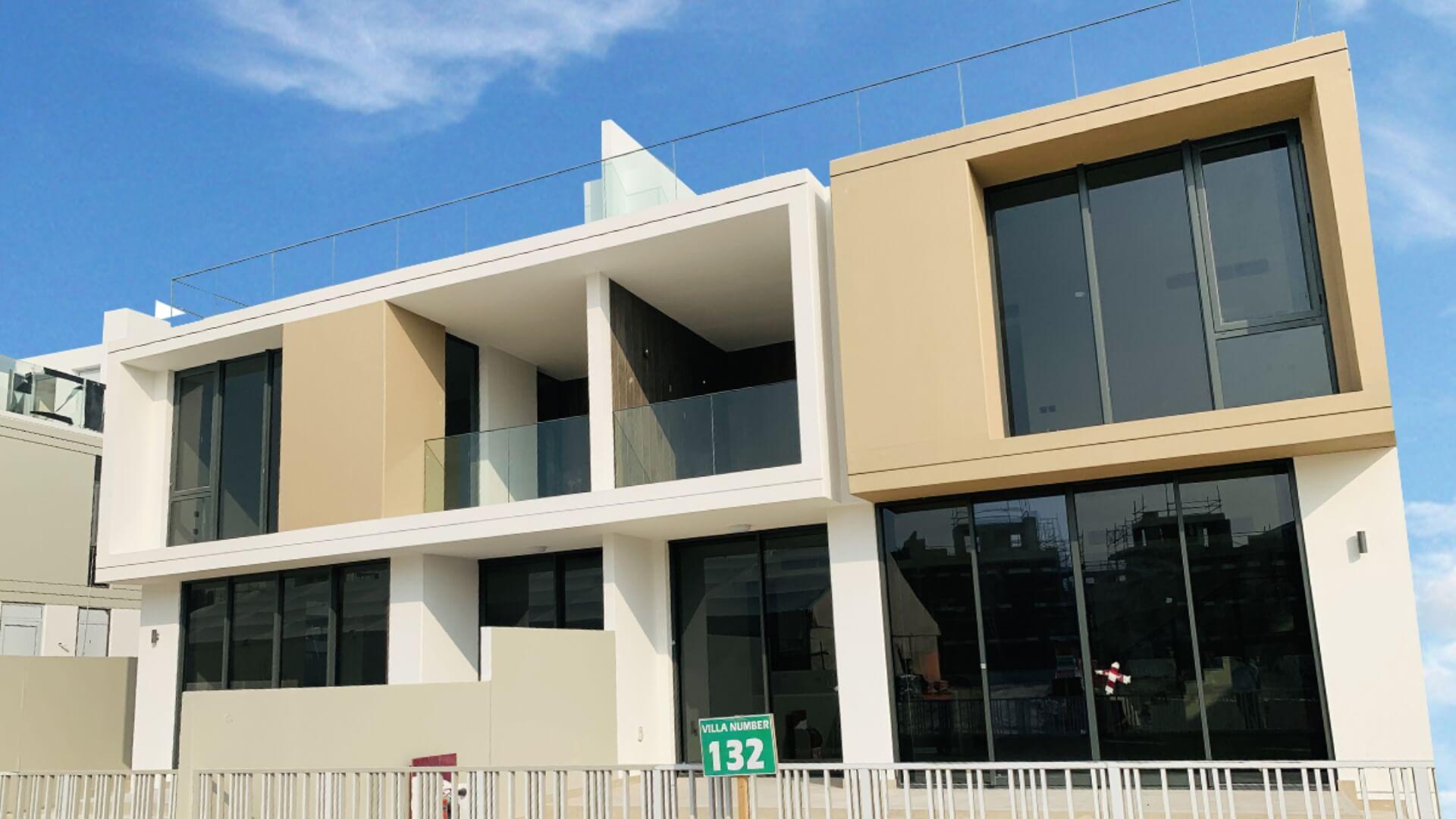 Villa en venta en Dubai, EAU, 3 dormitorios, 272 m2, № 24392 – foto 2