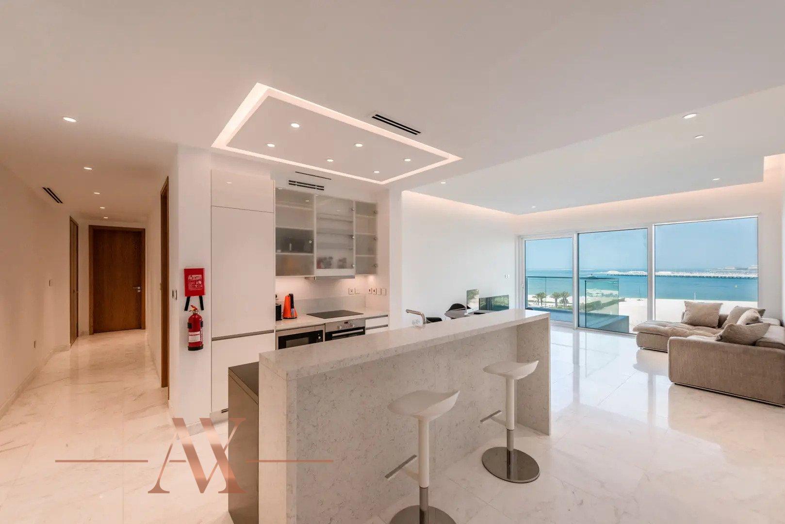 Apartamento en venta en Dubai, EAU, 2 dormitorios, 178 m2, № 24218 – foto 1