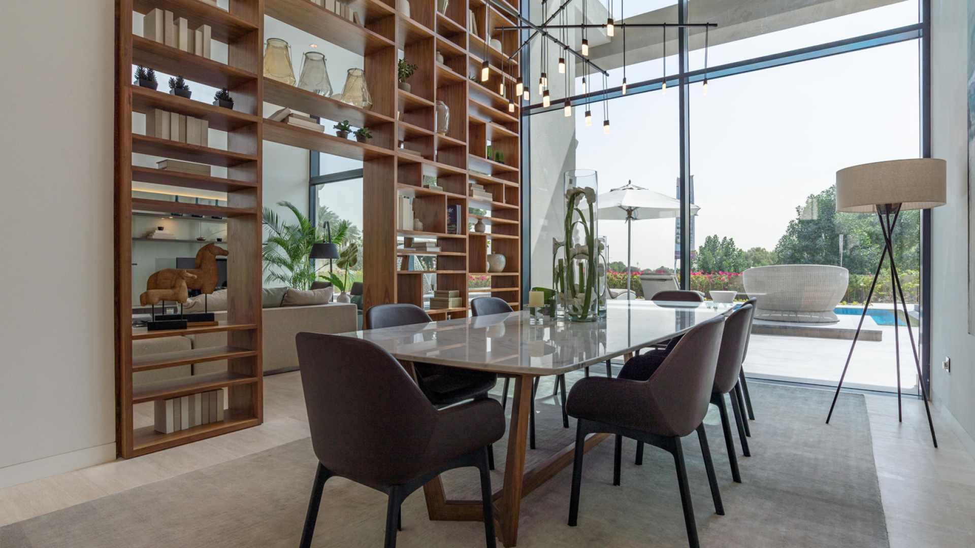 Villa en venta en Dubai, EAU, 6 dormitorios, 1117 m2, № 24249 – foto 4