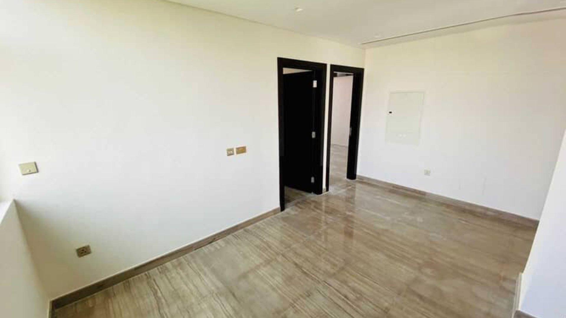 Villa en venta en Dubai, EAU, 3 dormitorios, 347 m2, № 24540 – foto 2