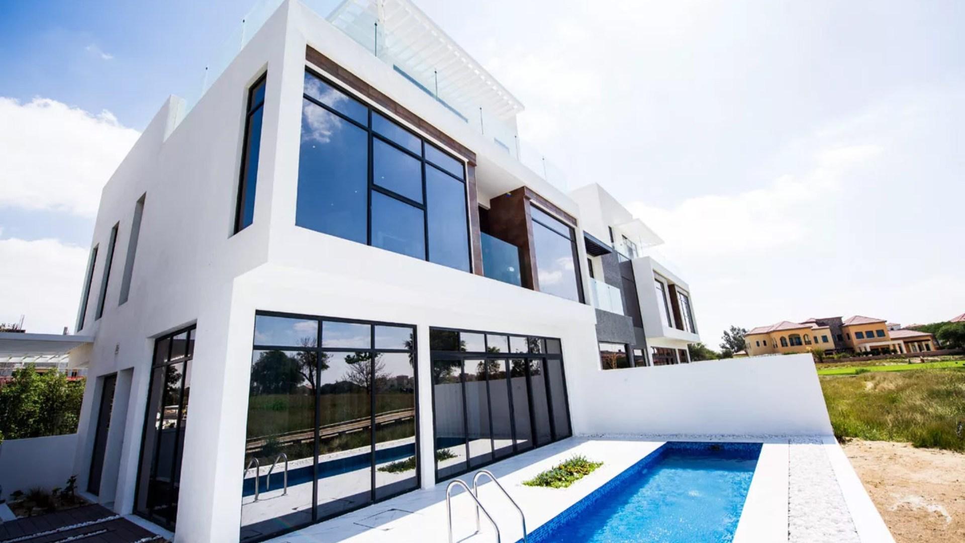 Villa en venta en Dubai, EAU, 3 dormitorios, 187 m2, № 24234 – foto 1