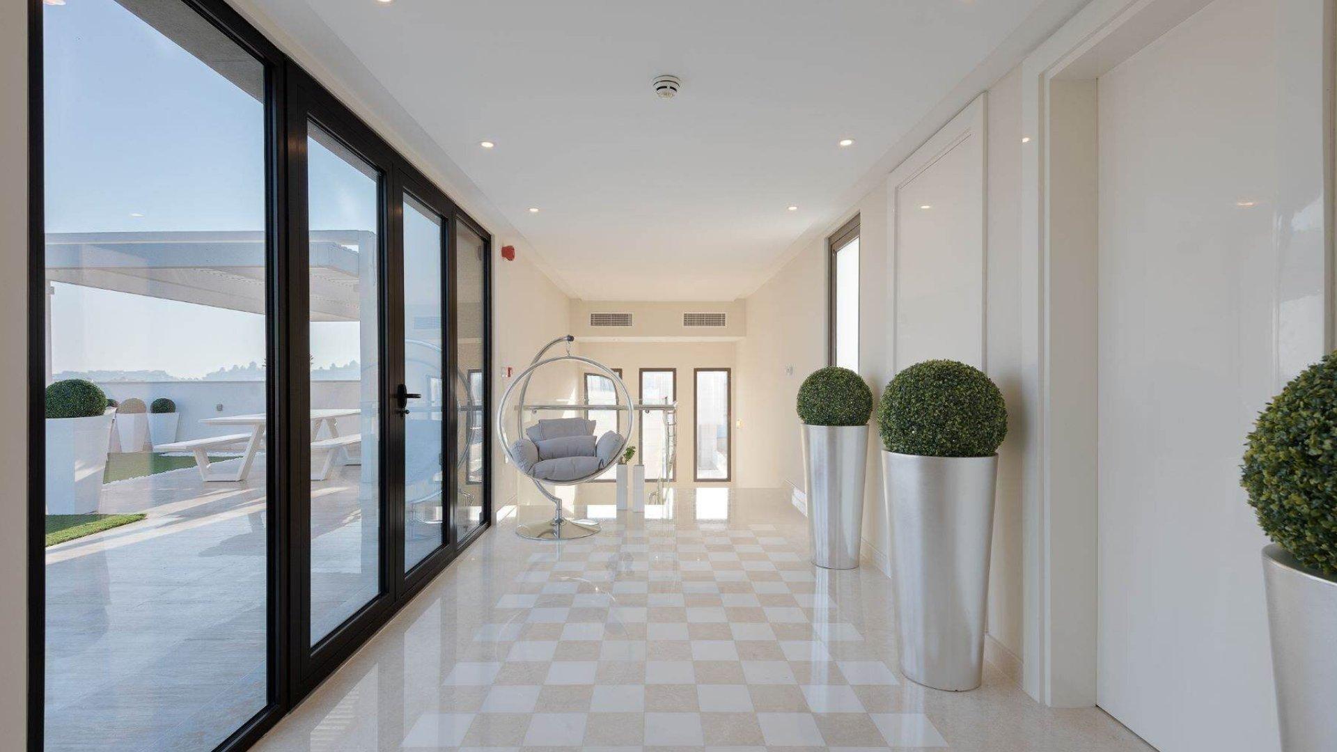 Villa en venta en Dubai, EAU, 5 dormitorios, 650 m2, № 24488 – foto 2