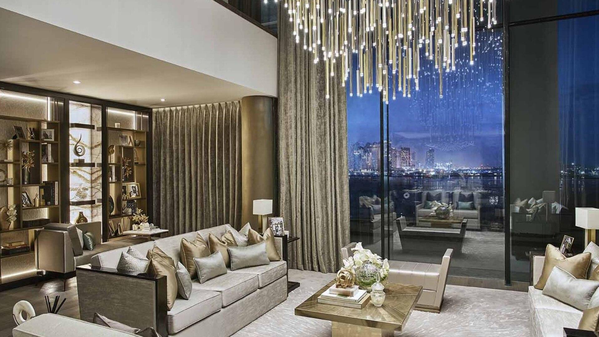Villa en venta en Dubai, EAU, 3 dormitorios, 285 m2, № 24303 – foto 1