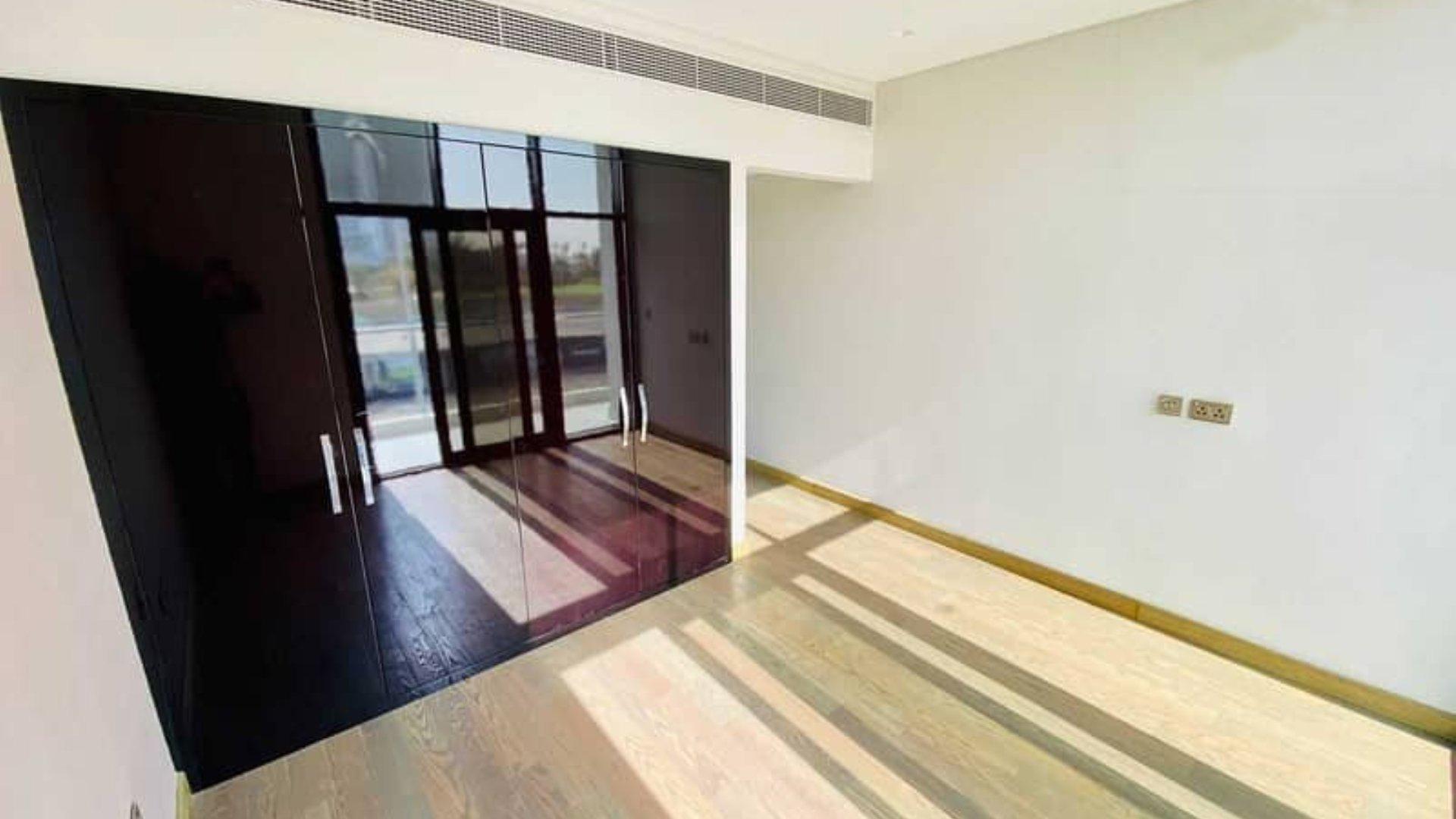 Adosado en venta en Dubai, EAU, 3 dormitorios, 164 m2, № 24538 – foto 5