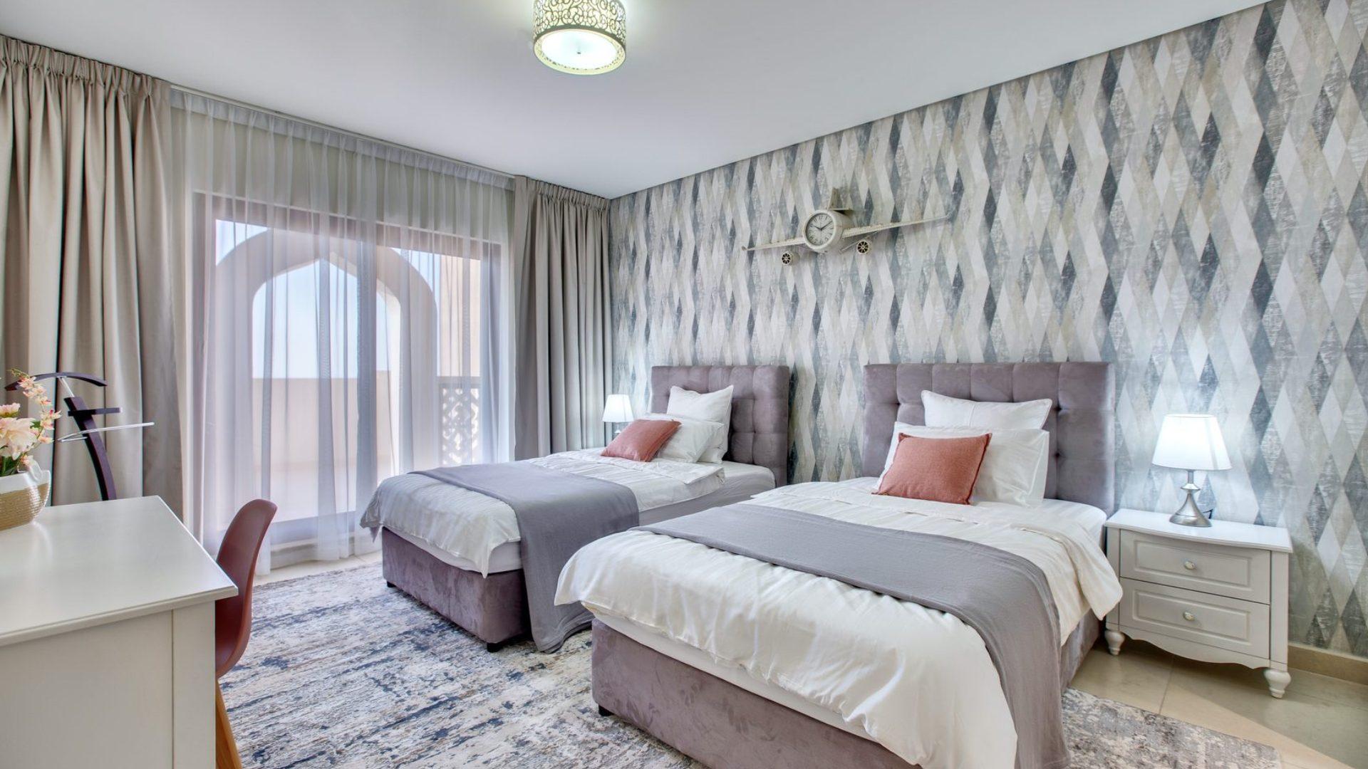 Adosado en venta en Dubai, EAU, 4 dormitorios, 770 m2, № 24471 – foto 1