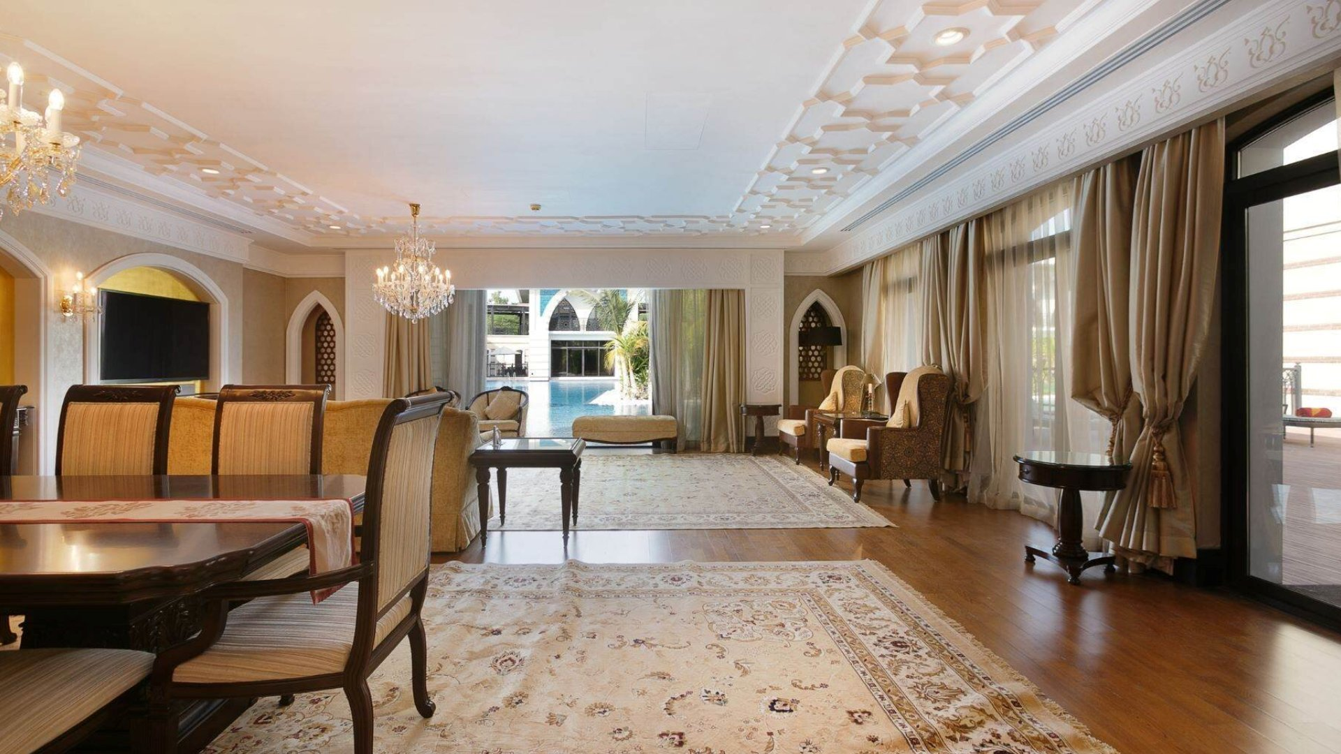 Villa en venta en Dubai, EAU, 7 dormitorios, 1130 m2, № 24351 – foto 1