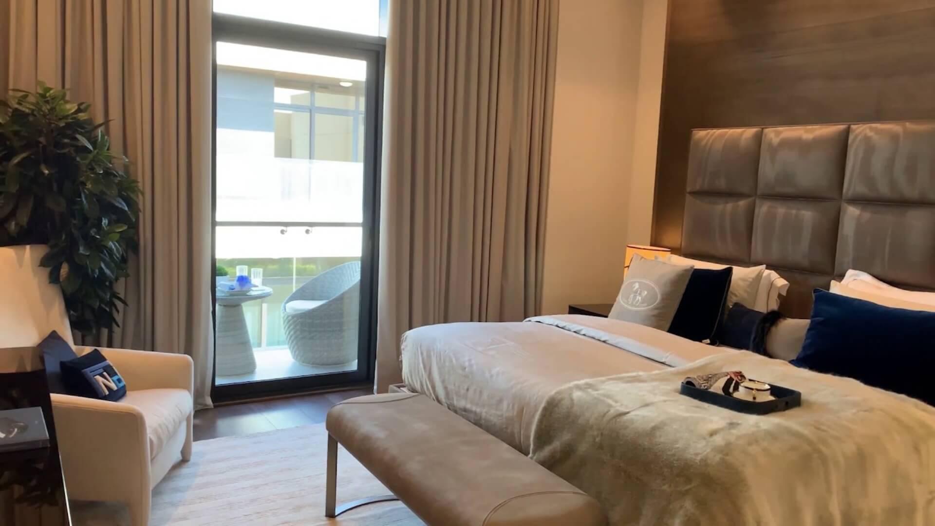 Apartamento en venta en Dubai, EAU, 1 dormitorio, 76 m2, № 24630 – foto 2
