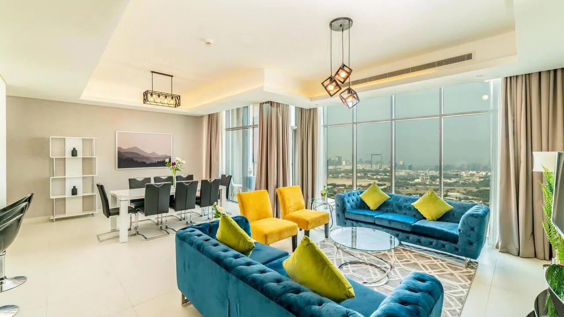 Apartamento en venta en Dubai, EAU, 3 dormitorios, 733 m2, № 24652 – foto 1