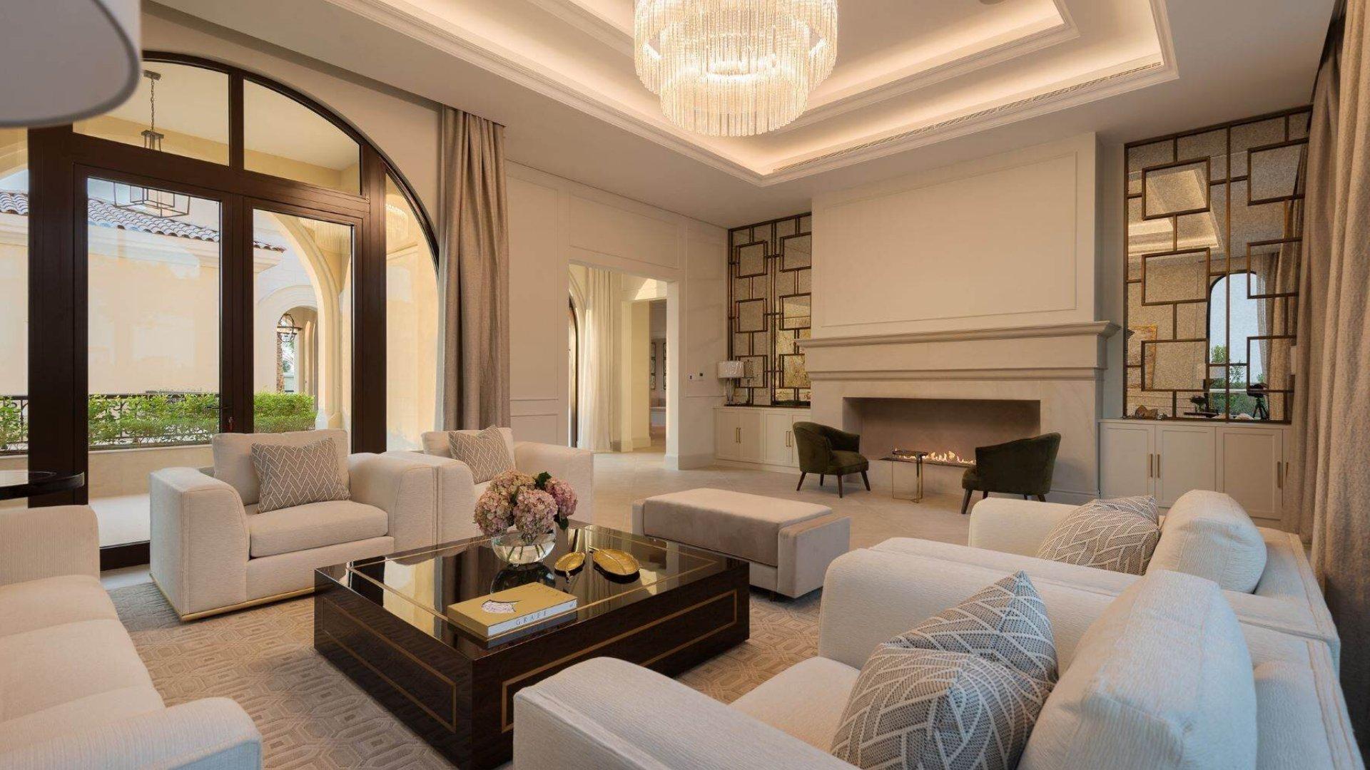 Villa en venta en Dubai, EAU, 7 dormitorios, 3197 m2, № 24635 – foto 8
